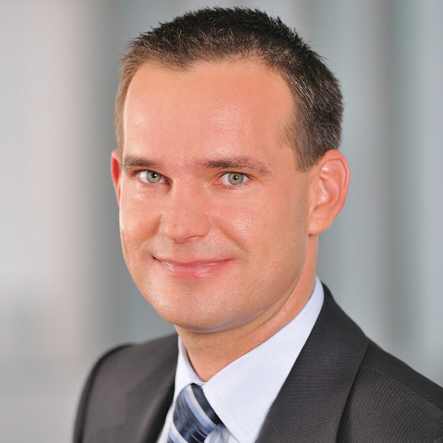 Stefan Roth, Fujitsu